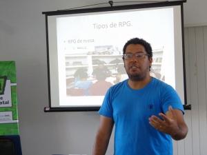 Raphael detalha a importância do lúdico na sala de aula